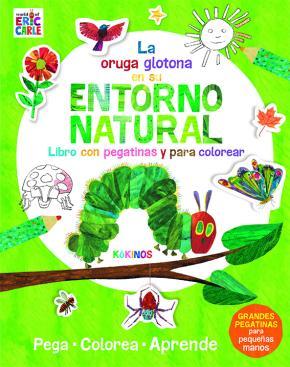 La pequeña oruga glotona en su entorno natural