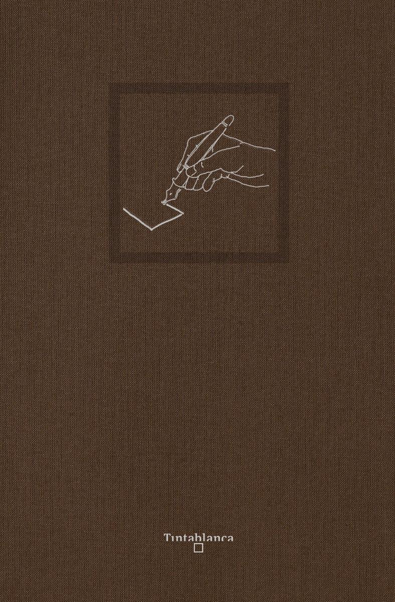 Cuaderno en blanco grande